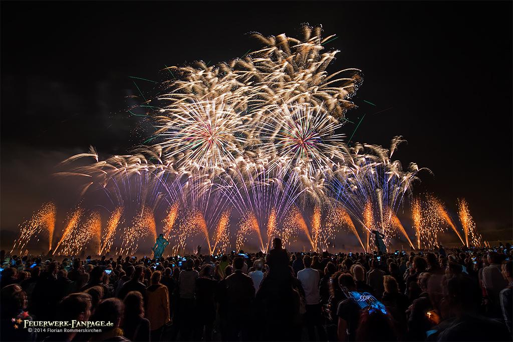 Feuerwerkswettbewerb in Hannover 2014: Griechenland, Nanos Fireworks